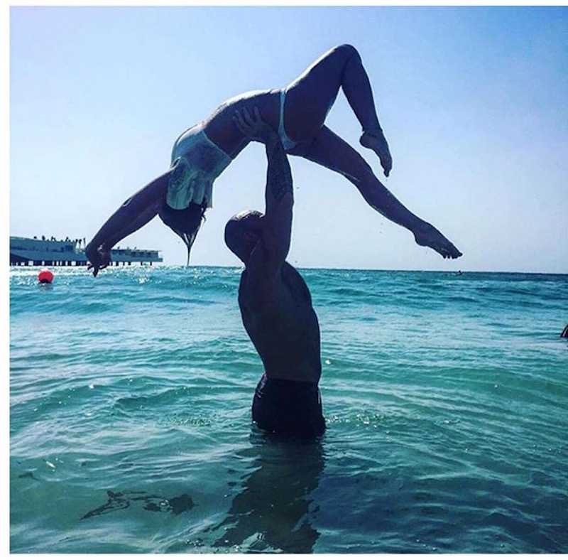 After the Indian, Hunter realeased his rage by lifting LostItGirl into the air with one arm and javelin'd her over the Burj Al Arab